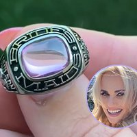 Rebel Wilson Shows Off Ring Commemorating 10th Anniversary of 'Bridesmaids'